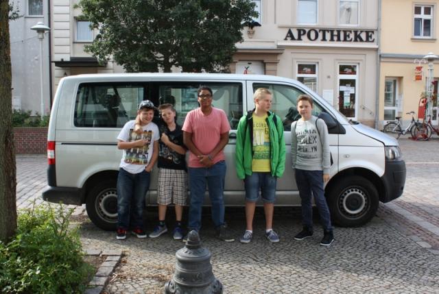 Paul, Justin, Yves, Stefan und Richard vor der Abfahrt