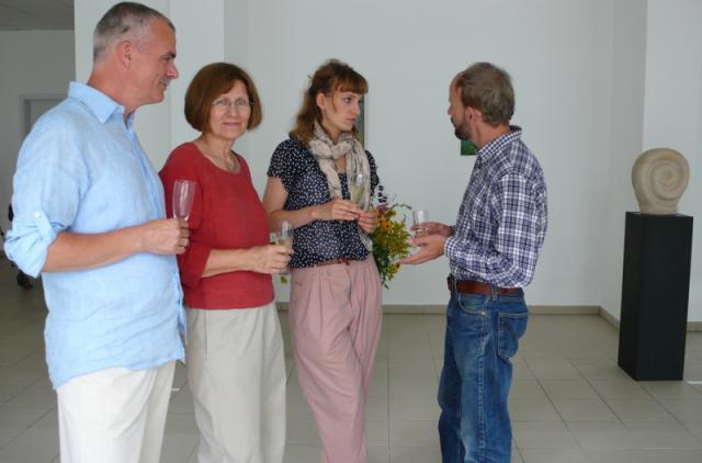 Familie Kontak im Gespräch mit Michael Clegg