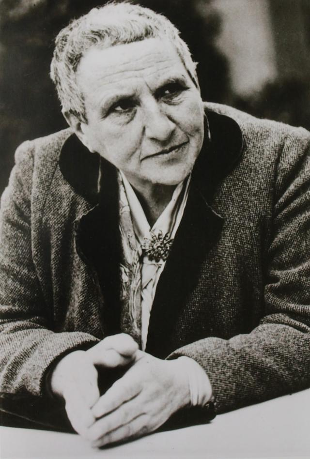 Gertrude Stein  (Quelle: www.thinkinghousewife.com)